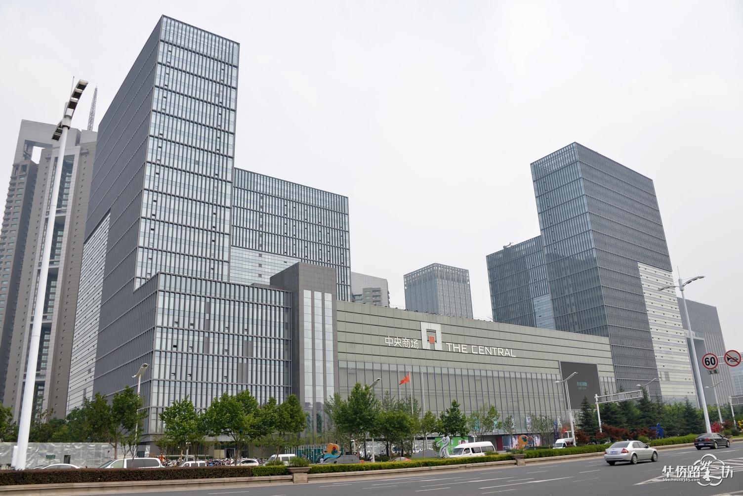南京中央商场河西店 介绍 及 实景照片