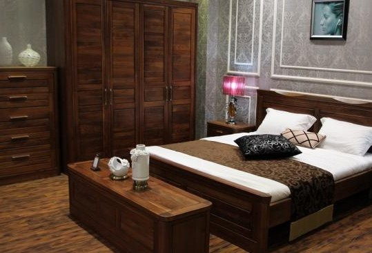 黑胡桃木家具如何选择比较好呢