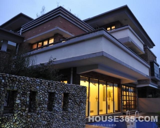 宝华山脚下大山地独栋别墅花园667平超低价格有钥匙
