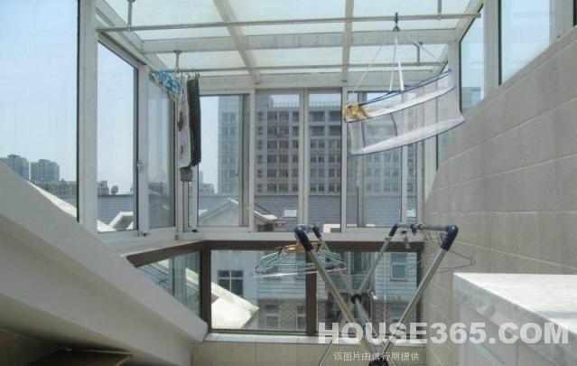 奥体新城翠衫园 顶楼带阁楼 精装修 带地暖阳光房