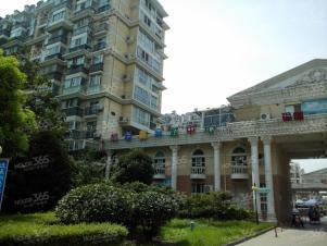 岔路口 天地新城 精装两房 看房方便 可办住房补贴拎包入