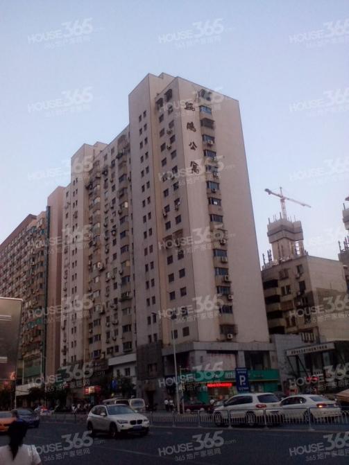 鲲鹏公寓2室1厅1卫88㎡整租精装
