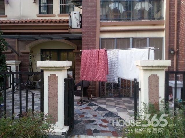 威尼斯八街区豪装 花园洋房