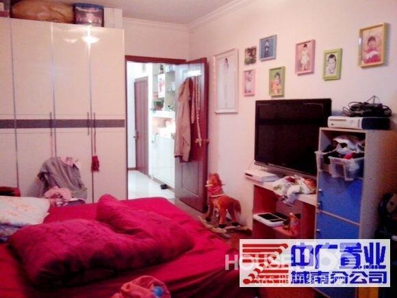 背景墙 房间 家居 起居室 设计 卧室 卧室装修 现代 装修 580_435
