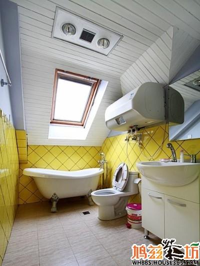 斜顶阁楼装修效果图 明亮卫生间图片