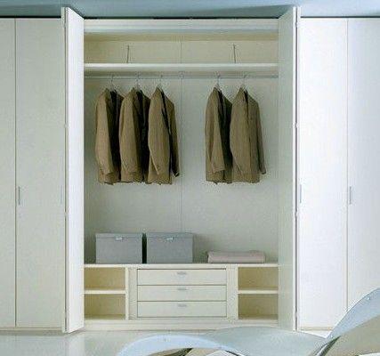 长方形卧室俩窗户咋摆放床衣柜子之类