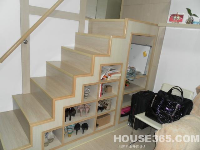 房屋出租信息 新区租房 旺庄路租房 宝龙城市广场精装复式单身公寓 有图片